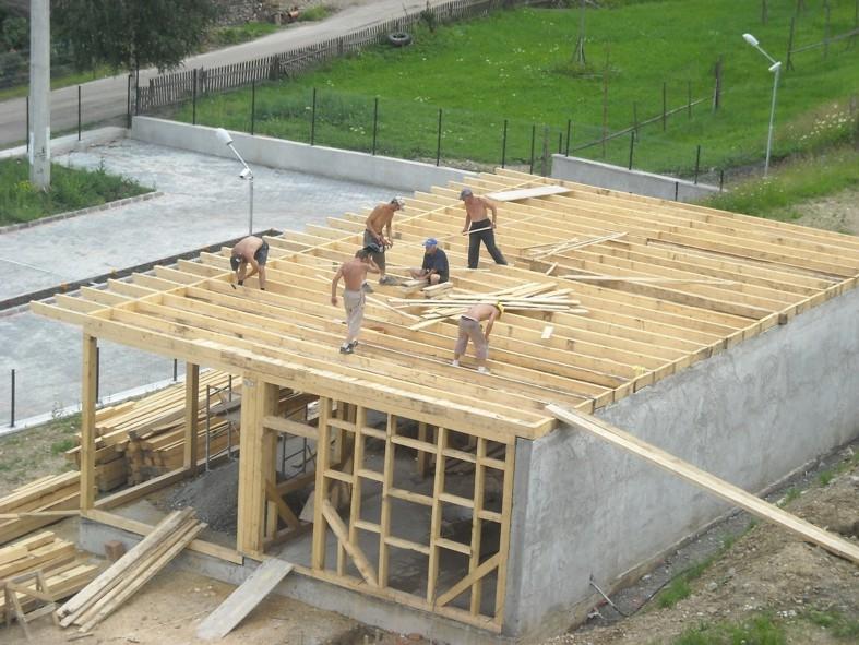 Se construieşte mai mult la ţară
