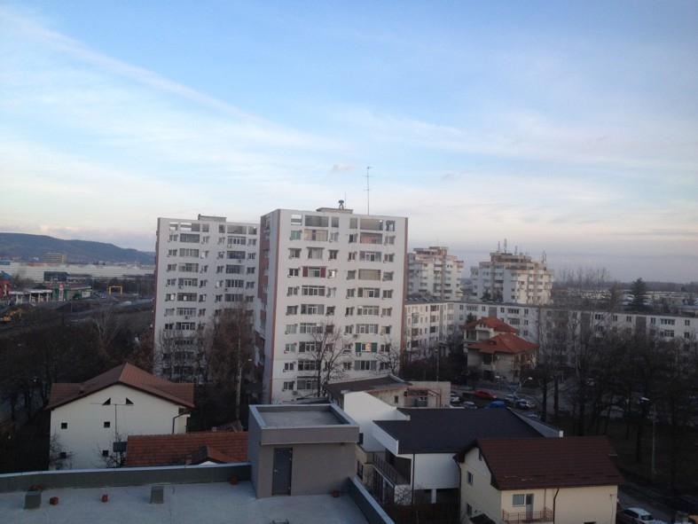 Apartamente noi în cartierul Ceair