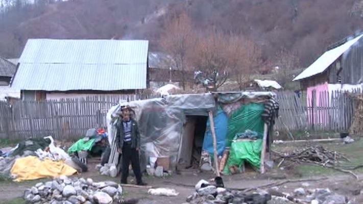 Ajutoare sociale cu duiumul pentru romii din Argeş