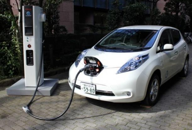 Maşinile electrice, gratis în parcările din Piteşti