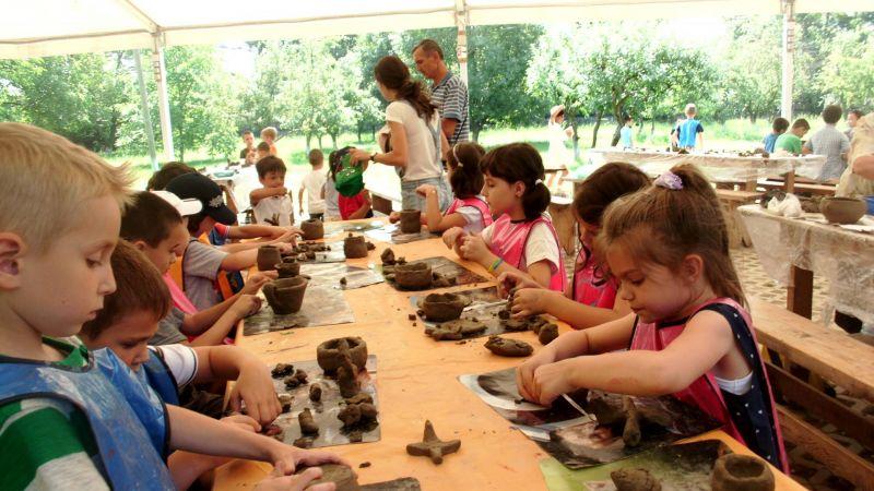 La Goleşti: Ateliere de creație