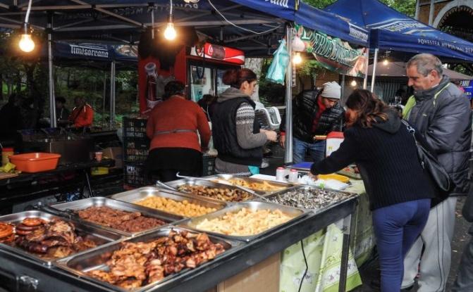 Festival al mâncărurilor în Piteşti