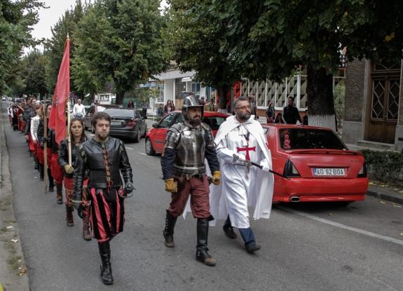 Festival medieval la Curtea de Argeş