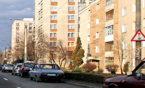 Noi reguli pentru administratorii de imobile din Argeş