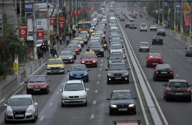 Turiştii de pe DN1, trimişi pe drumul groazei din Argeş!