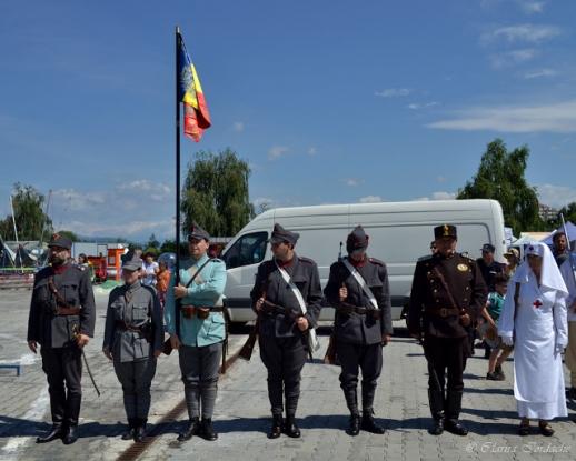 O nouă tabără militară la Curtea de Argeş