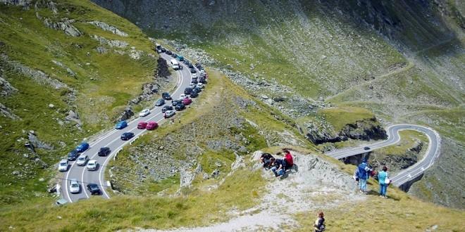 Triatlon pe Transfăgărăşan. Restricţii de circulaţie!