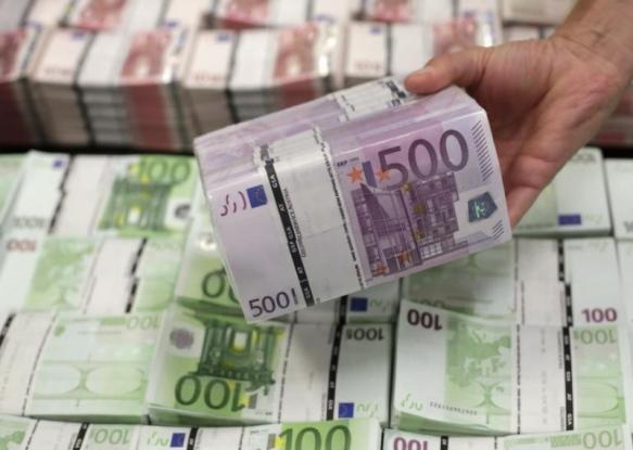 Contract de 21 milioane lei, semnat la Consiliul Judeţean