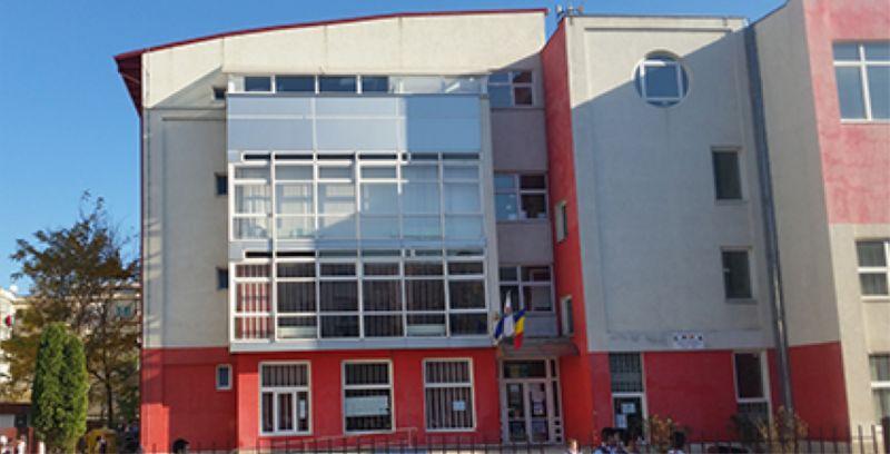 Se reabilitează școala din Tudor Vladimirescu