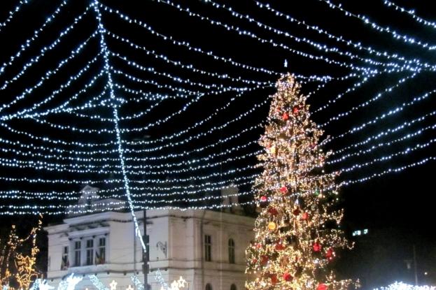 Azi se dă startul sărbătorilor de iarnă la Piteşti