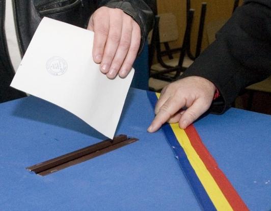 Buletine de vot de peste 180.000 lei