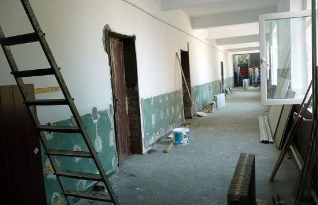 120 de unităţi de învăţământ din Argeş, fără autorizaţie de securitate la incendiu
