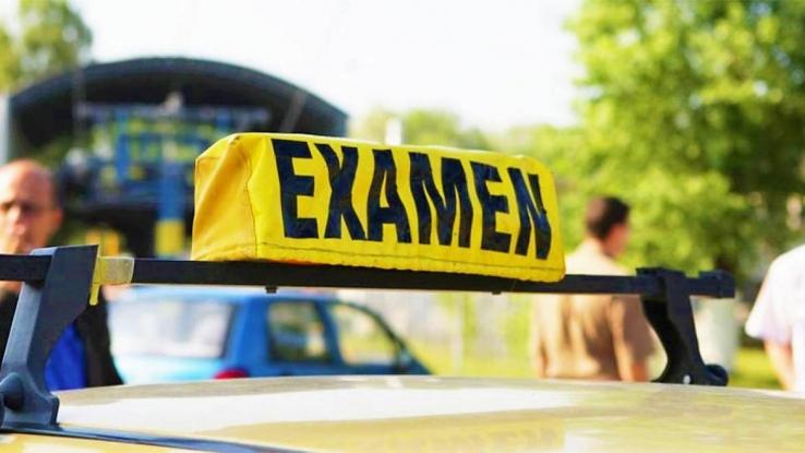 Examenele pentru obținerea permiselor auto, suspendate!