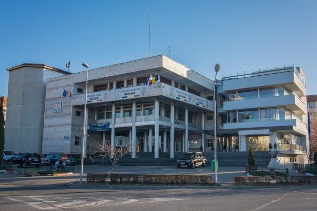 Programul instituțiilor și al transportului public din Mioveni
