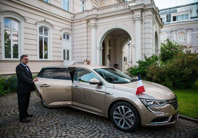 Renault Talisman a devenit maşina oficială a ambasadorului Franţei la Bucureşti