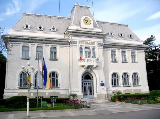Primăria Pitești cumpără dezinfectant pentru 1.200 de blocuri