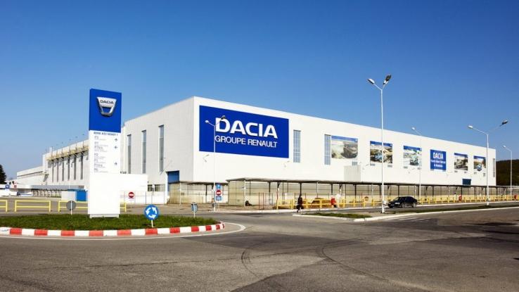 Uzina Dacia își reia activitatea