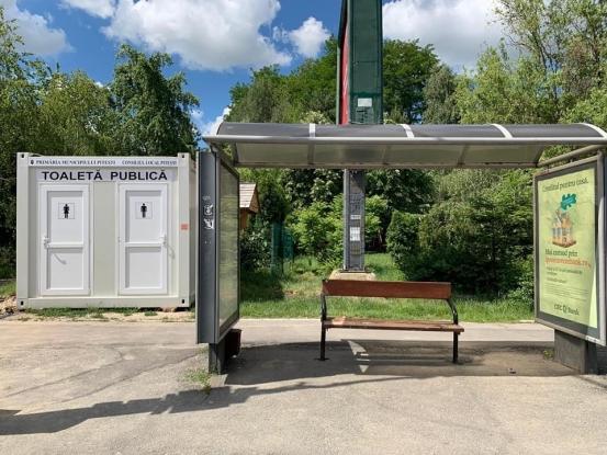 Noi toalete în parcurile din Pitești