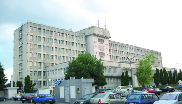 Spitalul Județean de Urgență Pitești marchează Ziua Mondială a Siguranței Pacientului. Clădirea instituției, iluminată în portocaliu