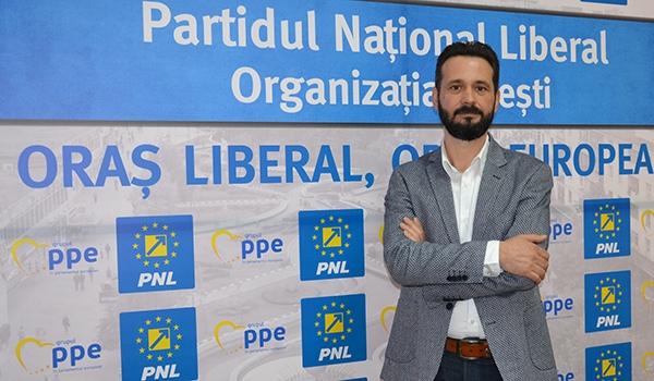 Votul util va face diferența duminică la urne! Mihai Coteț: Domnule Moșteanu, acceptă provocarea și arată piteștenilor că îți pasă!