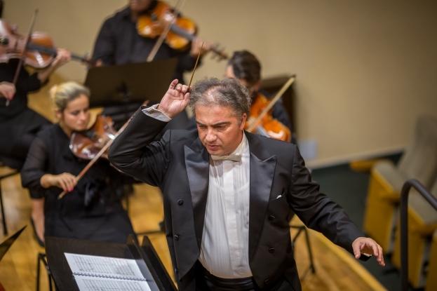 Horia Văcărescu, trei concerte pentru vioară la Filarmonica Pitești