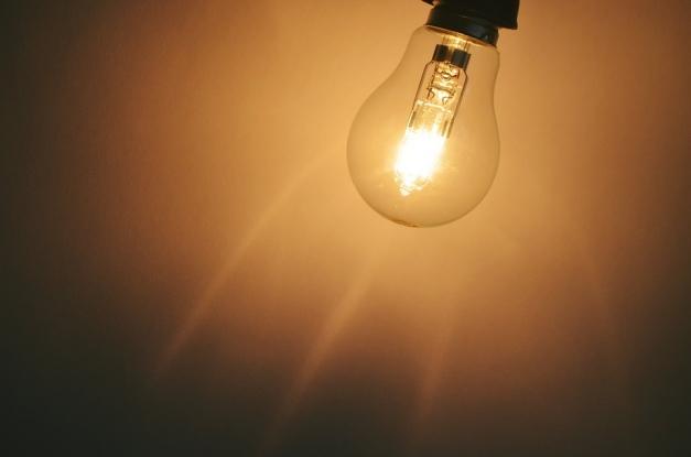 Curentul electric este oprit astăzi pe mai multe străzi din Pitești, Câmpulung, Moșoaia, Albota, Râca, Mușătești