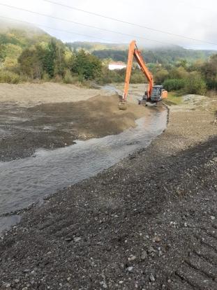 Se lucrează intens pe cursurile de apă administrate de ABA Argeș-Vedea