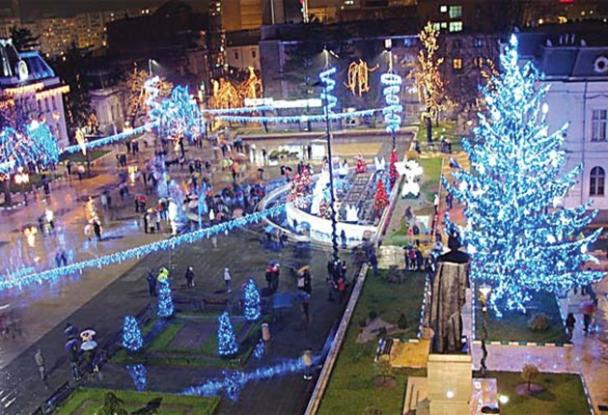 Mâine seară, 5 decembrie, în ajunul sărbătorii de Sfântul Nicolae, la ora 17:30, se aprinde iluminatul festiv în Pitești!