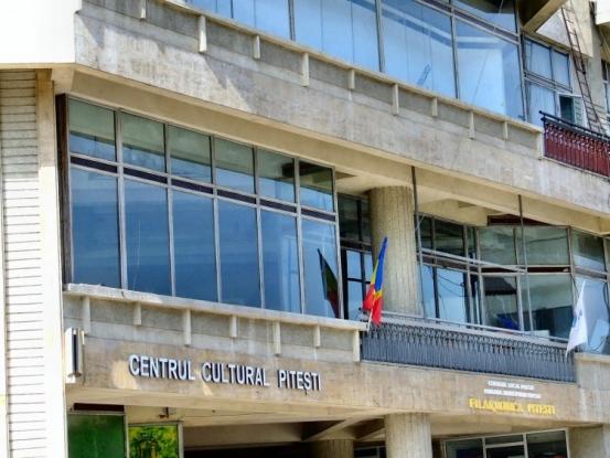 Centrul Cultural al Municipiului Piteşti face angajări