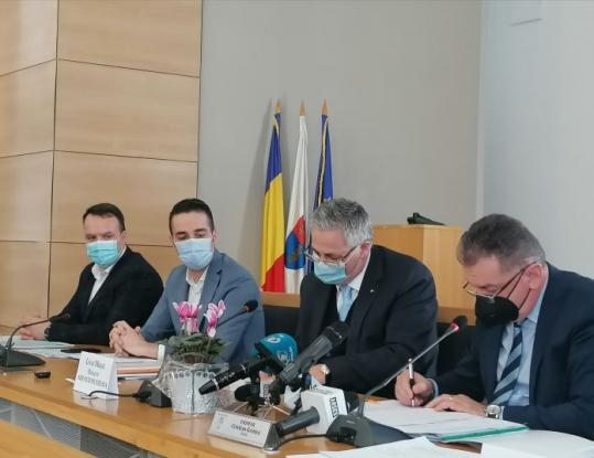 A fost semnat contractul pentru Parcul Lunca Argeșului 3