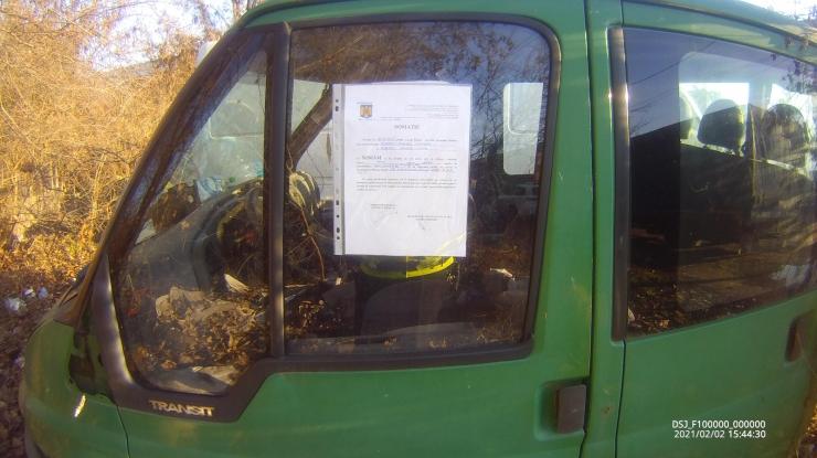 Poliția Locală caută proprietarii unor vehicule abandonate