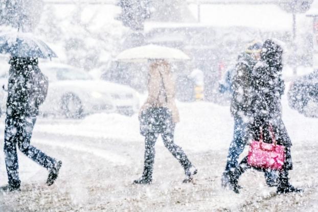 Vremea se schimbă din nou: ninsori, lapoviță si frig!