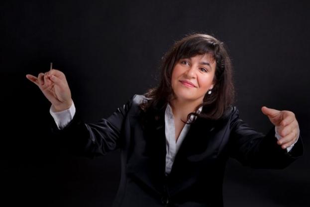 Joi, un nou concert online la Filarmonica Pitești. Dalma Toadere, în premieră la pupitrul dirijoral