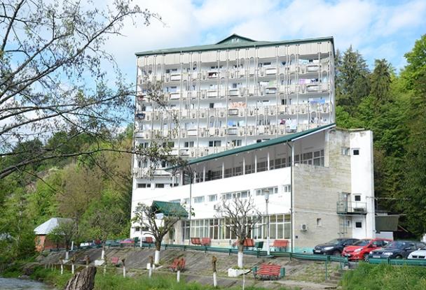 Încep lucrările de reabilitare a Spitalului de Recuperare Brădet. Proiectul este finanțat din fonduri europene