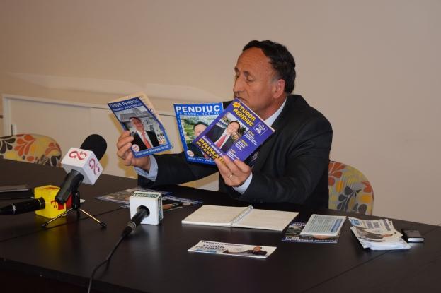 Cu programele pe masa, Pendiuc demonstreaza ca si-a indeplinit toate prosmisiunile electorale