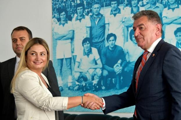 Primarul Gentea a adus un nou sponsor important pentru FC Argeș!