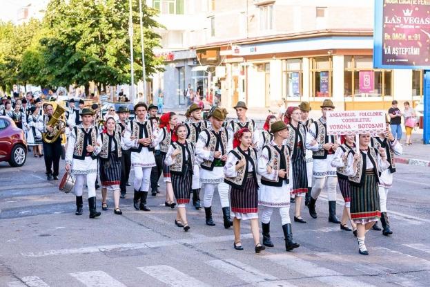 Mioveniul a găzduit cea de-a doua ediție a Festivalului - Concurs Național de Folclor MIOVENI 2021
