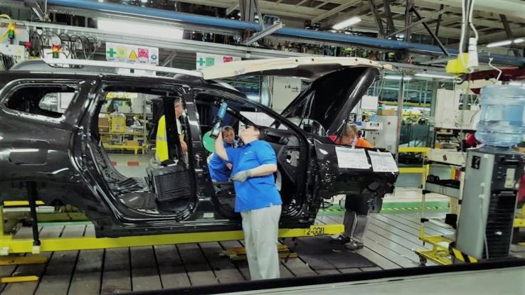 Dacia, afectată de criza componentelor