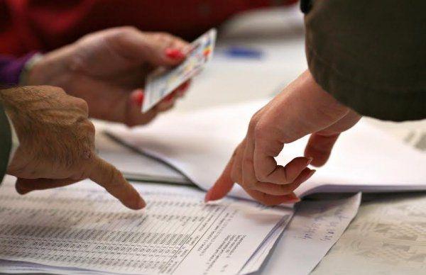 Cum pot cetăţenii sesiza nereguli în ziua votului
