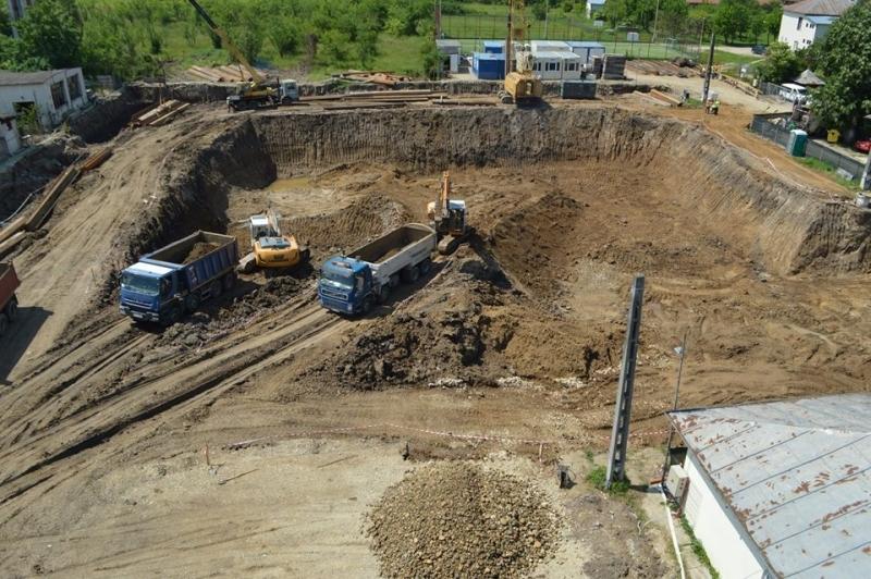 Lucrări în plină desfășurare, la noul spital de la Mioveni