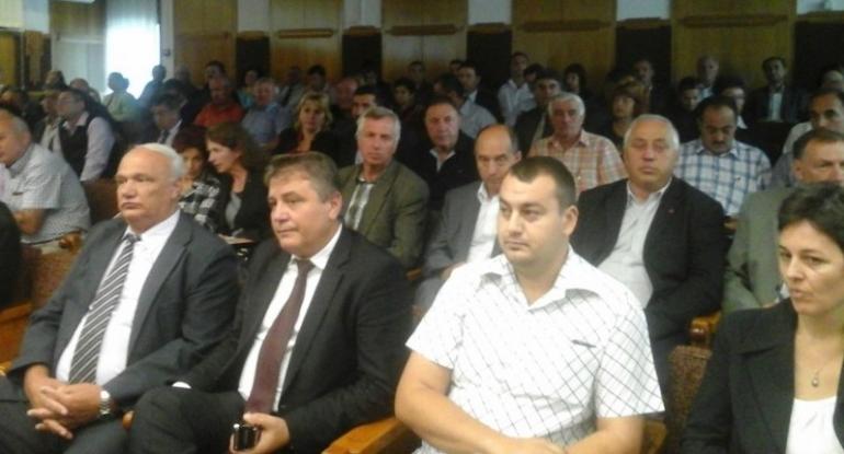 Voturi pentru primarii din Argeş