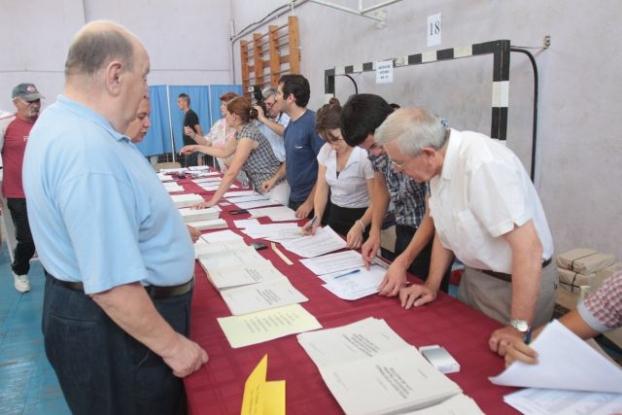 Plăţi pentru membrii secţiilor de votare