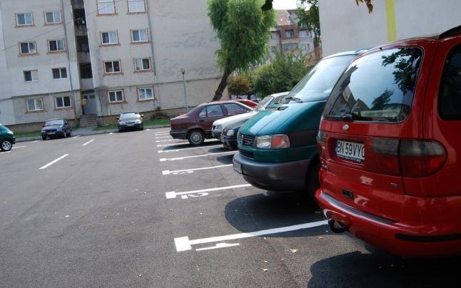 Vor locuri de parcare cu taxă, dar nu se poate!
