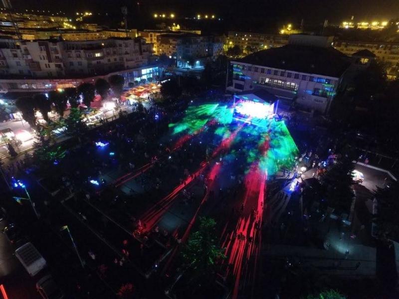 Super atmosferă în prima seară a zilelor oraşului Mioveni!