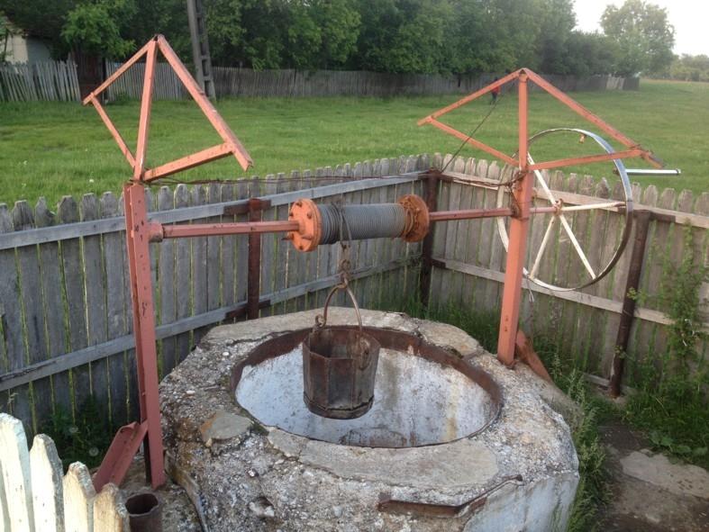 Sute de gospodării rămân fără apă în Argeş