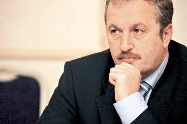 Vasile Dâncu vine în Argeş