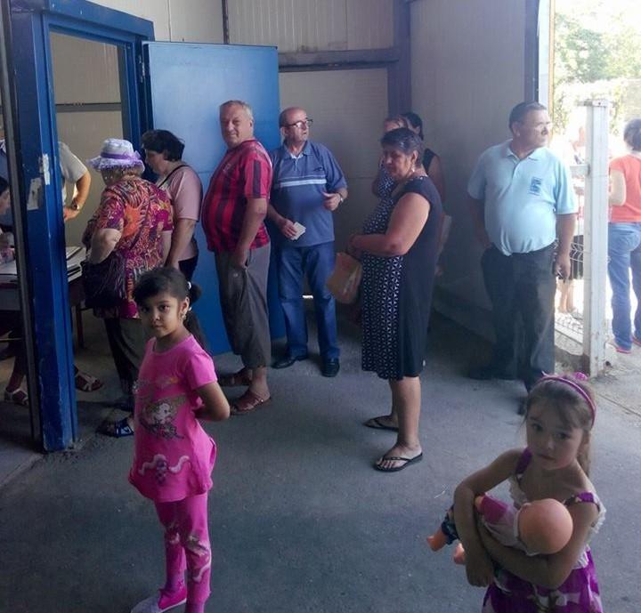 Mioveni: A început distribuirea alimentelor de la UE