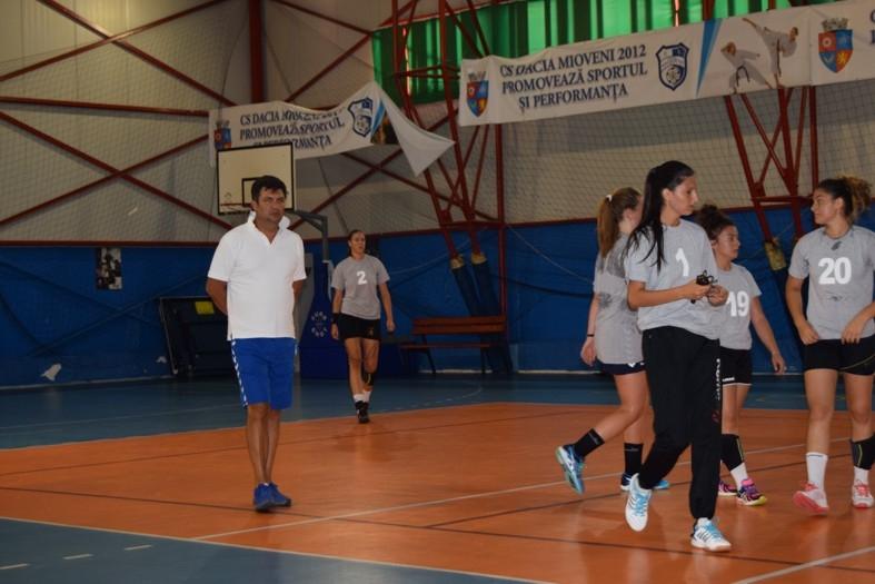 Băimăreanul Lucian Ghiulai, antrenor la CS Dacia Mioveni