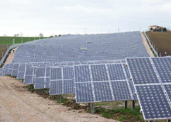 Parc fotovoltaic în Topoloveni