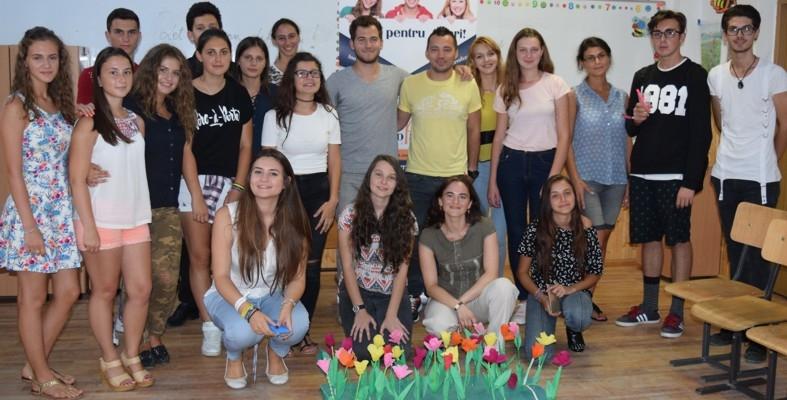 Ateliere de Educație nonformală pe Public Speaking și Comunicare